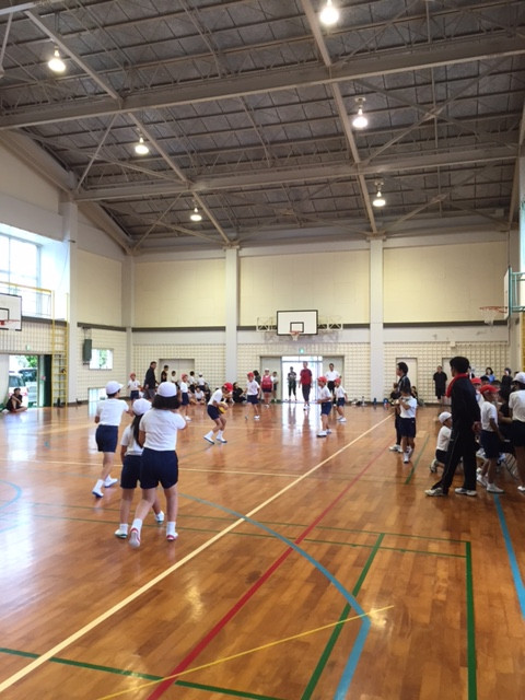 午前中は親子球技大会‼️(^O^)